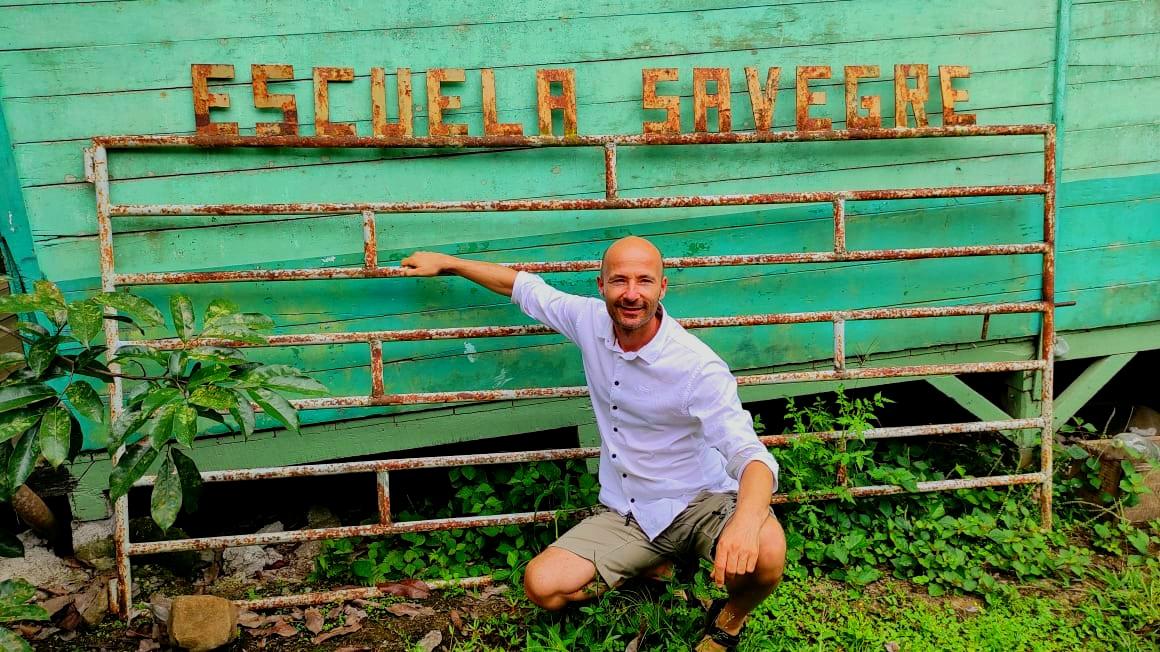 Zorgprofessional Martin Seijsener in Costa Rica voor donatieproject.